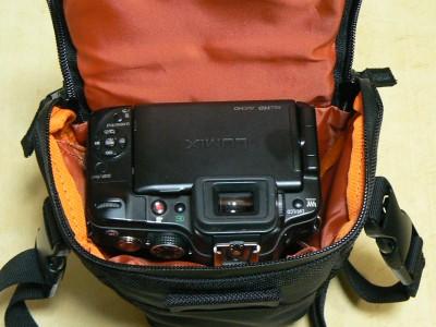ELECOM カメラケース7 5.3.JPG